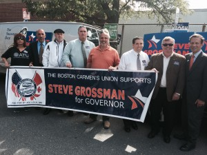 Local 589's executive board members Jim O'Brien, Larry Kelly, Joe Cerbone, and John Hunt along with barn captains Denise Perry, Ray MCCue, and Mike Connor campaigning with Steve Grossman and Sal DiDomenico in Charlestown on Election Day.