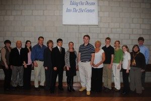 2011 Local 589 Scholarship winners and their families.