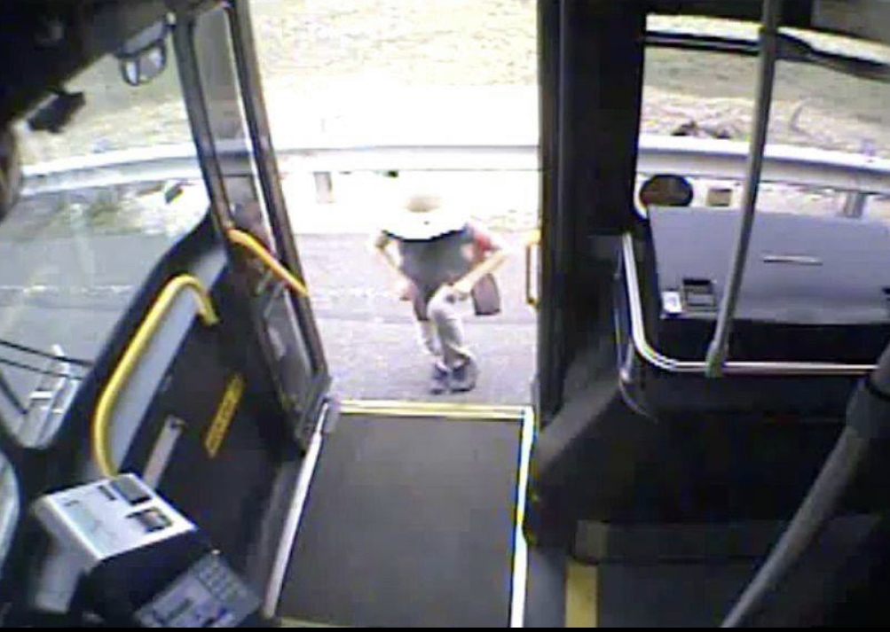 MBTA bus driver praised for helping lost girl along busy North Shore